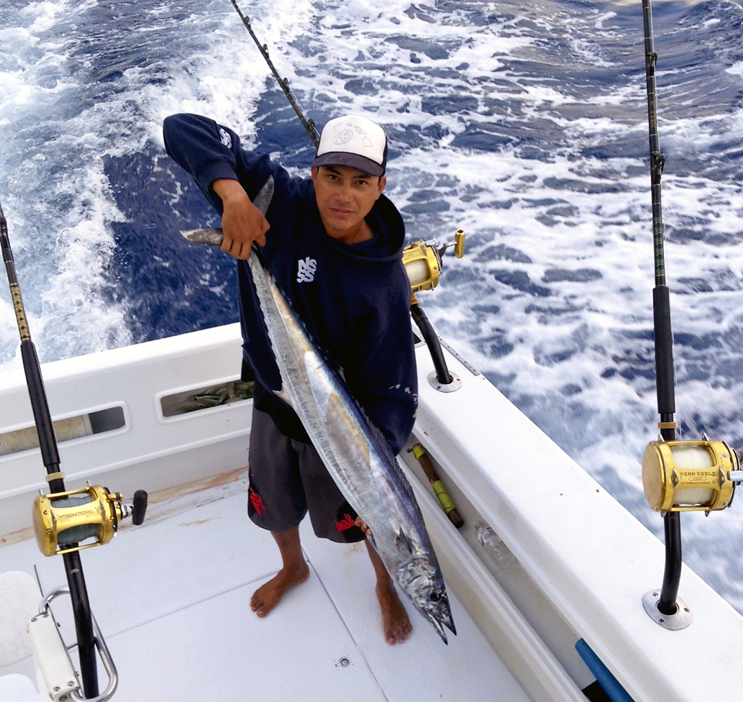 wahoo charter fishing hawaii north shore kona trip